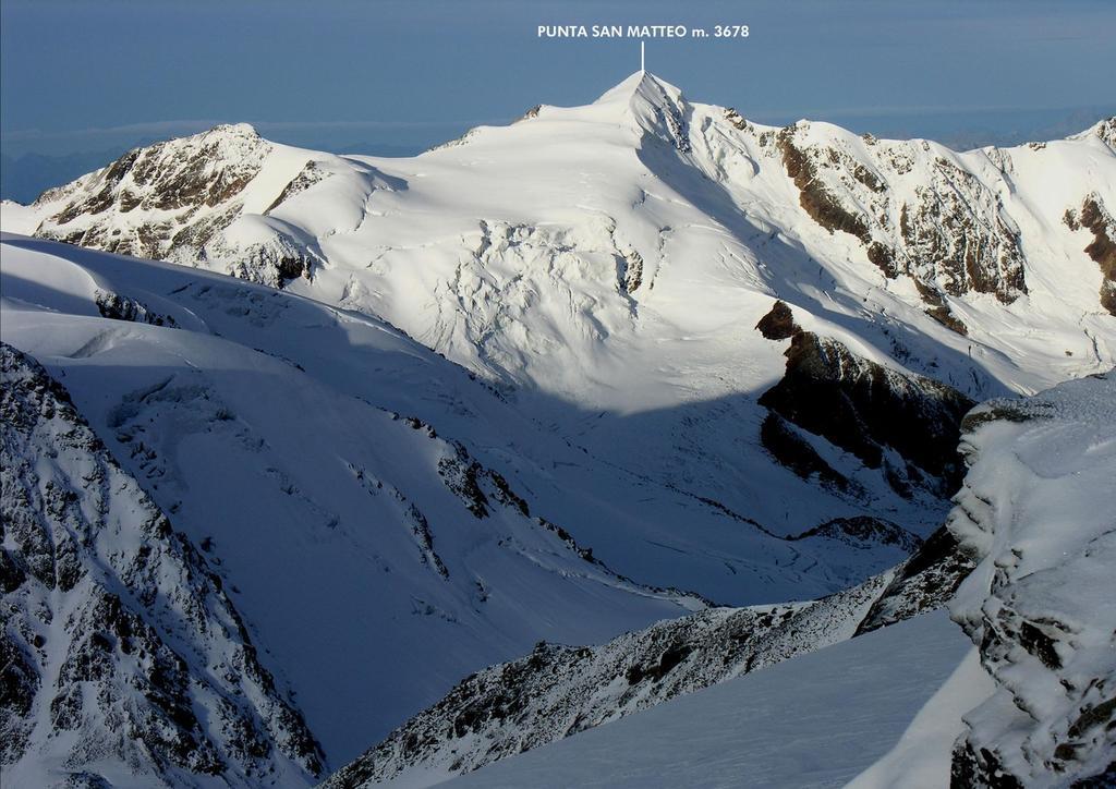 panorami dalla vetta del Monte Vioz...03 (27-8-2006)