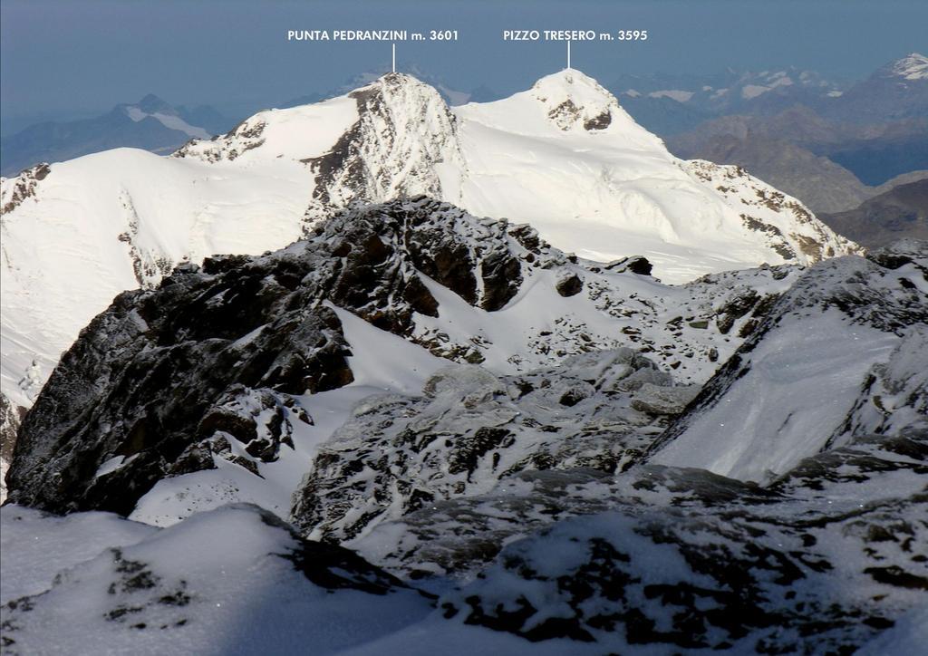 panorami dalla vetta del Monte Vioz...04 (27-8-2006)