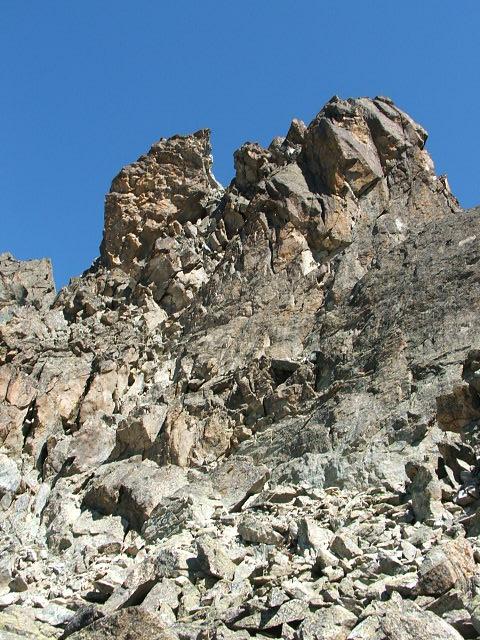 Il castello roccioso sommitale