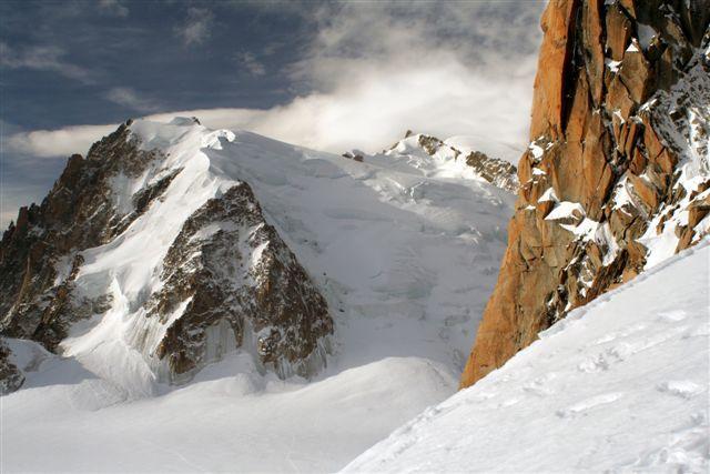 il Mont Blanc du Tacul visto dall'Aiguille du Midi