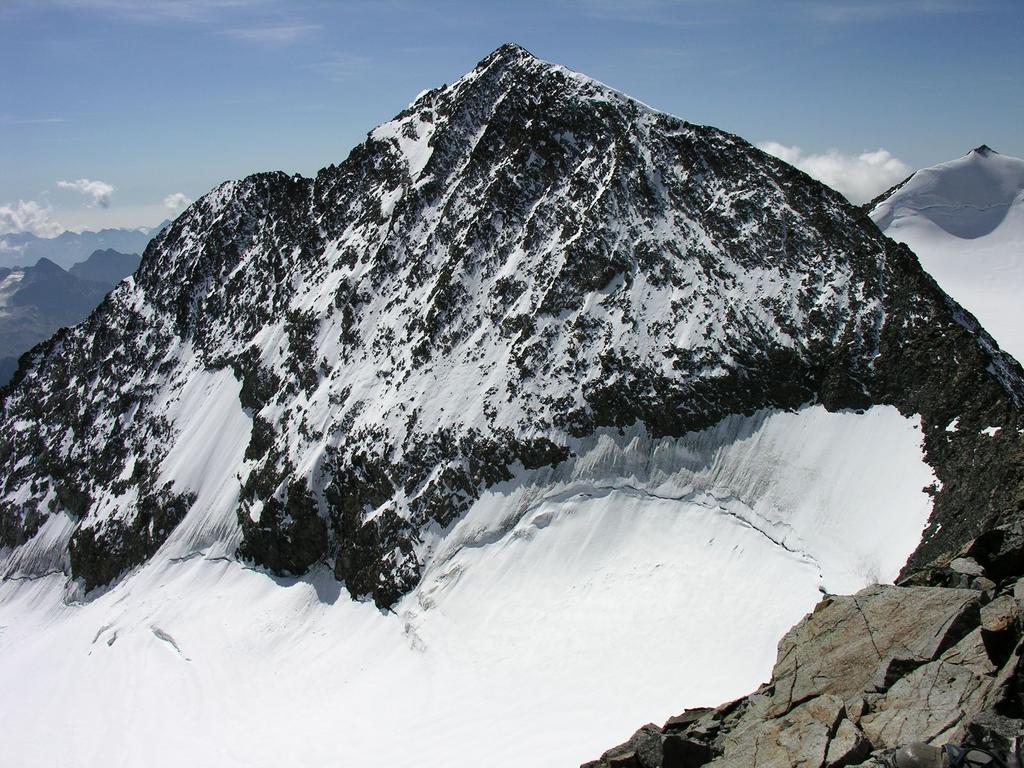 panorami dalla cima : Pizzo Zupò m. 3998 (10-9-2006)