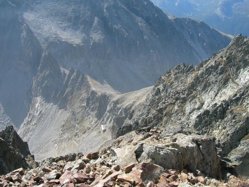 Il Passo delle Portette con a sx l'omonima cresta