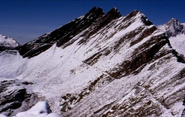 Il sentiero per il Colle del Berrio Blanc, dopo il Col des Charmonts