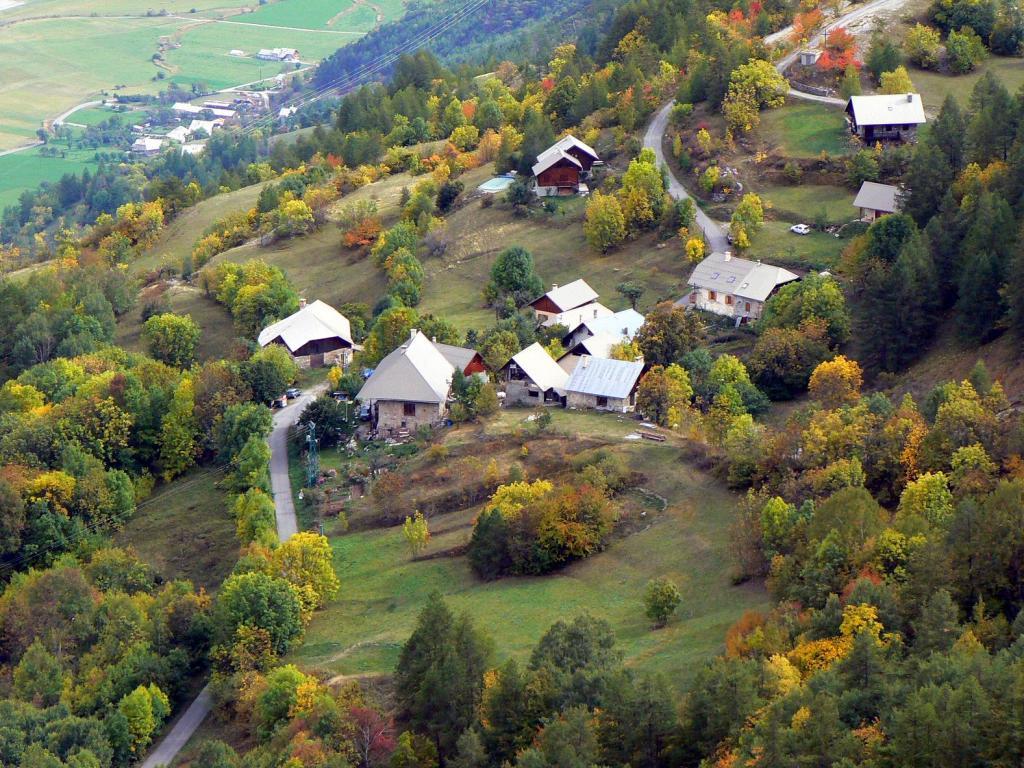 L' hameau di Ponteil dalla doppie