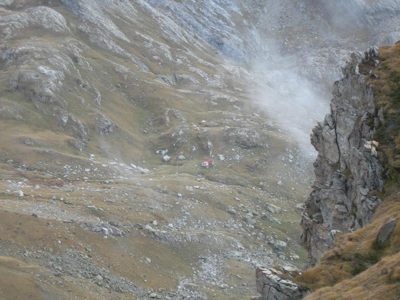 La Capanna Saracco Volante dal Passo della Capra