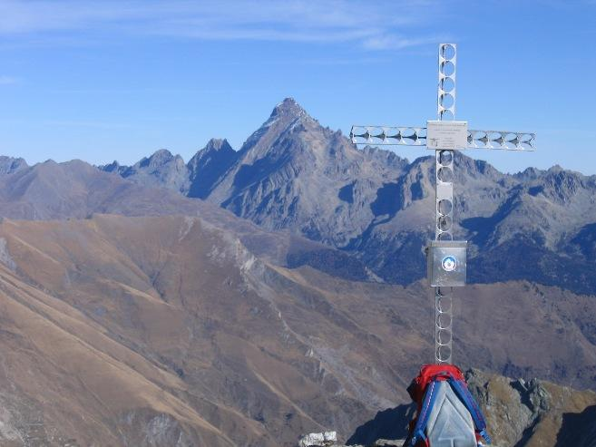 Il Viso(il più gran gnocco di basalto) dalla cima del Faraut