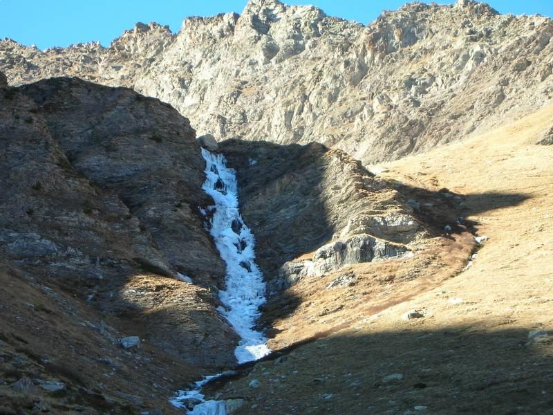 cascata superiore del Martinet,quella più alta,il 14.11.06