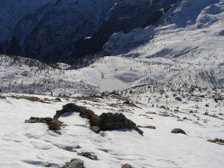Il ripido pendio finale, con sotto il Lago Muffè