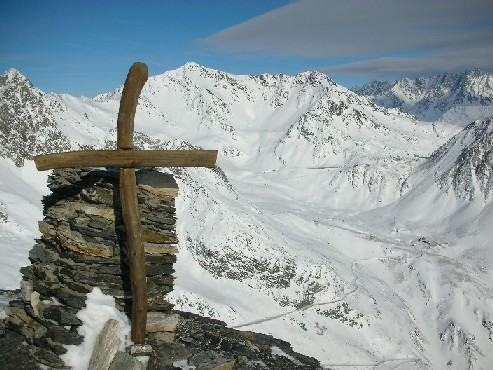 Panorama dalla cime versoil vallone del San Bernardo