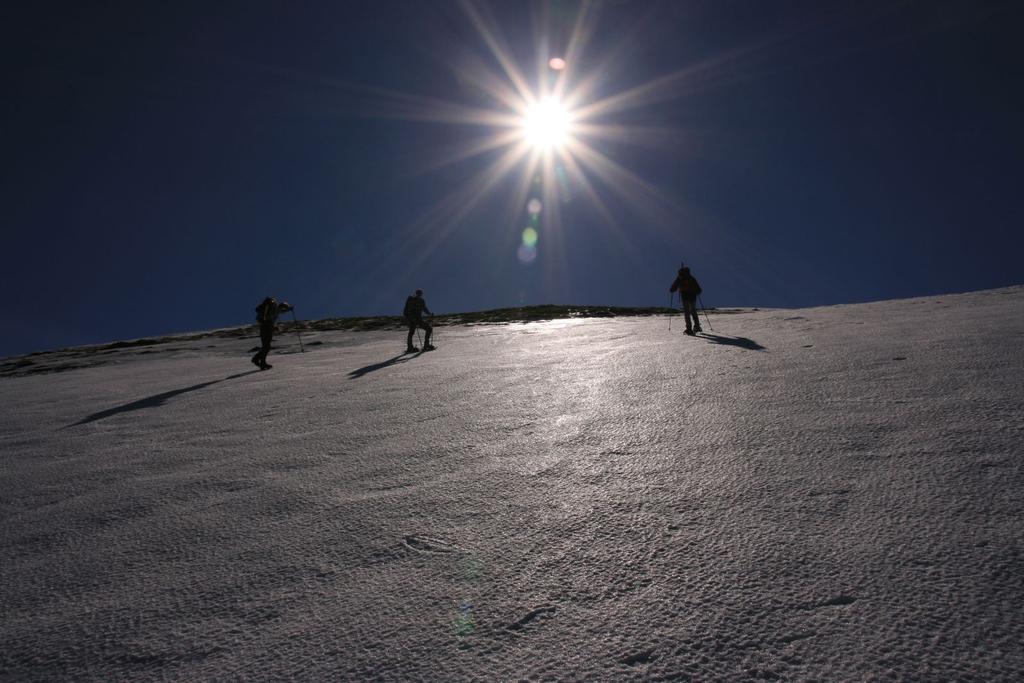 un bel controluce sulla cresta N del Cusna (4-3-2007)
