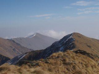 il vicino Monte Angiolino