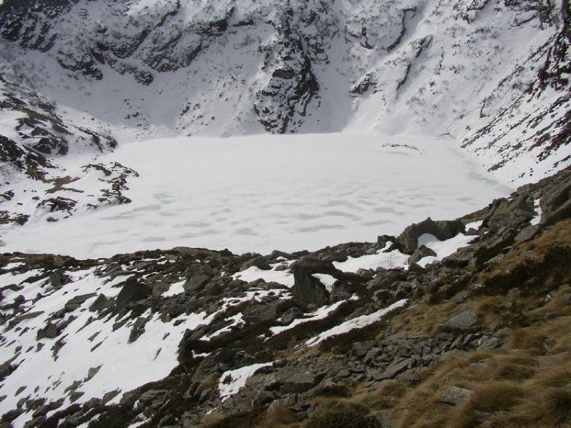 Il lago ghiacciato