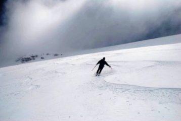 scendendo il cupolone glaciale della Roncia