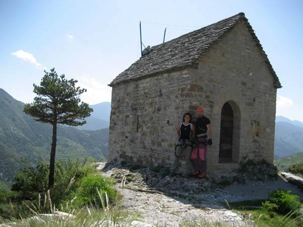 Ale e Irina alla cappella di St. Sauveur