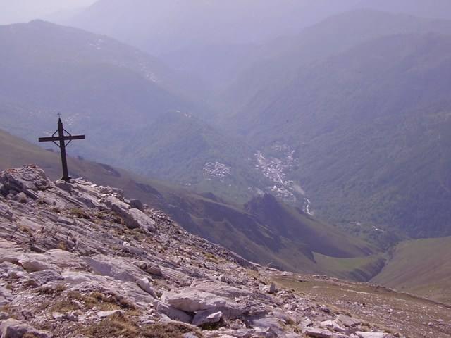 dalla croce dell'anticima raboui verso crissolo