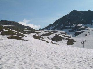 il vallone che porta al colle, sulla destra la cresta