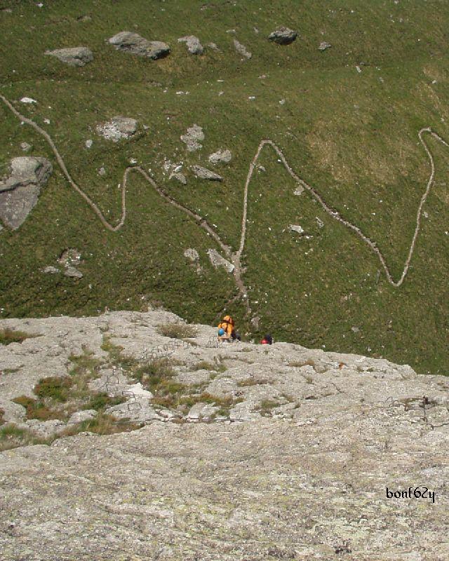 2007-06-10 06 guardando giù
