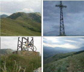 In alto a sx la Piana Pacile;in basso a dx il versante Ovest di Colle Mitra