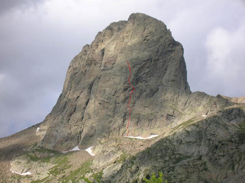 La parete ovest con il tracciato della via