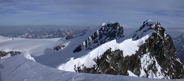 Dalla cima della Roccia Nera, vista sull'intera catena dei Breithorn
