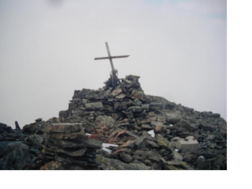 La croce di vetta..