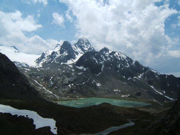 Panorama sui ghiacciai dai pressi del Rifugio Deffeyes