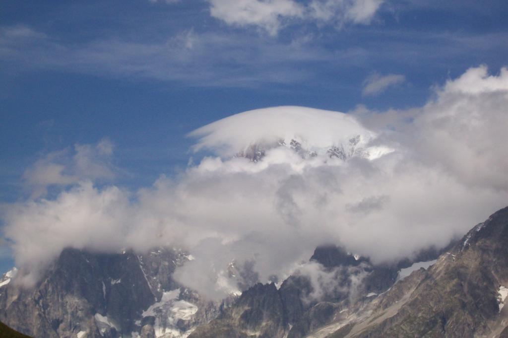 Il Bianco incappucciato, dall'Alpe Giuè sup. 2229m