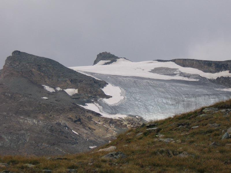 Il ghiacciaio e la vetta