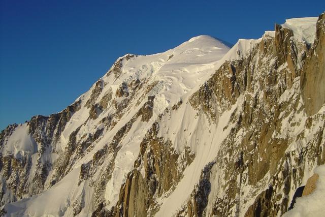 Panorama salendo la cresta Kuffner (alba)