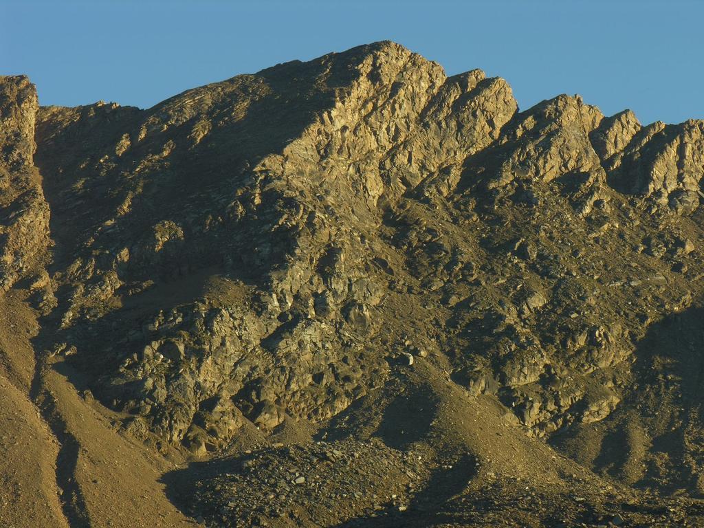 il tramonto verso il Mont Delà dai pressi del Rifugio Dondena (8-9-2007)