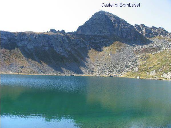 Castel di Bombasel dal Lago di Bombasel