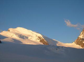 Salendo: alba sullo Strahlhorn