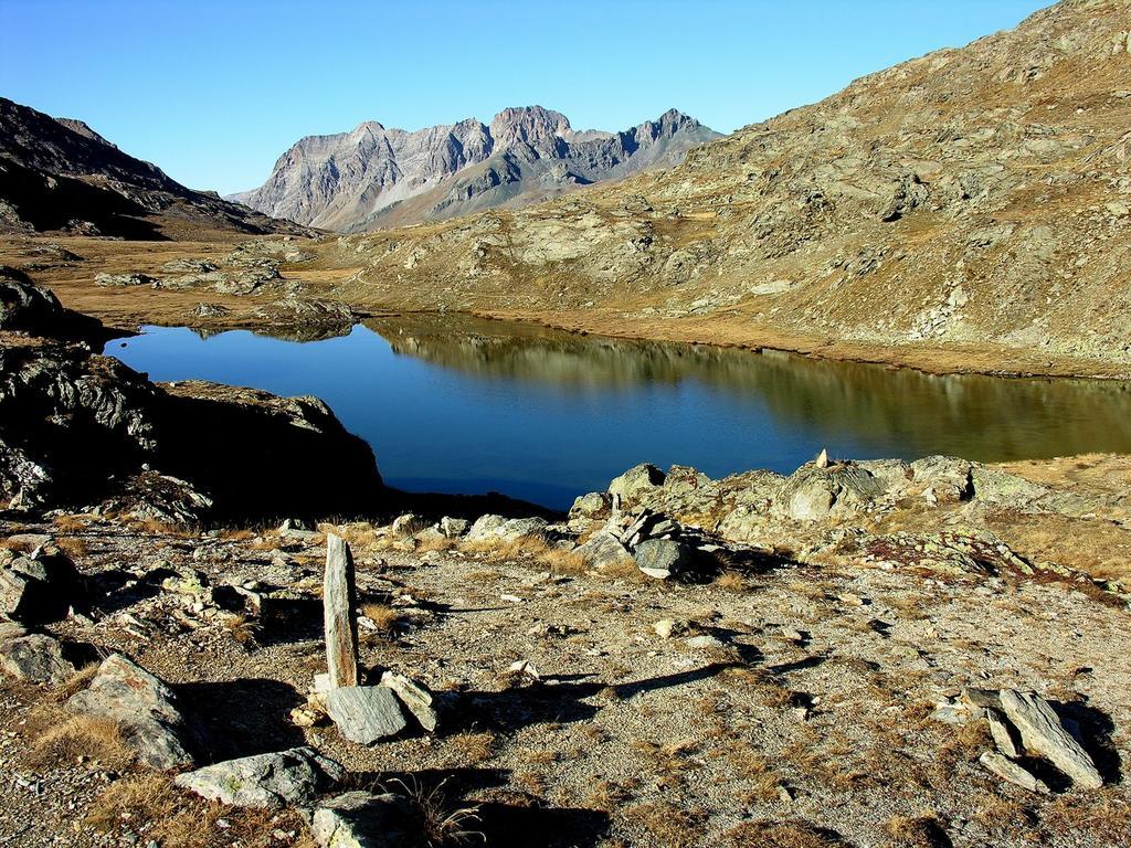 il Lago Bes visto dal Col Longet (14-10-2007)