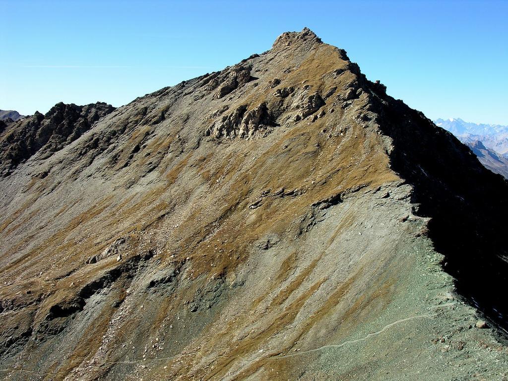 il Pic de la Farneireta osservato dalla Petite Tete Noire (14-10-2007)