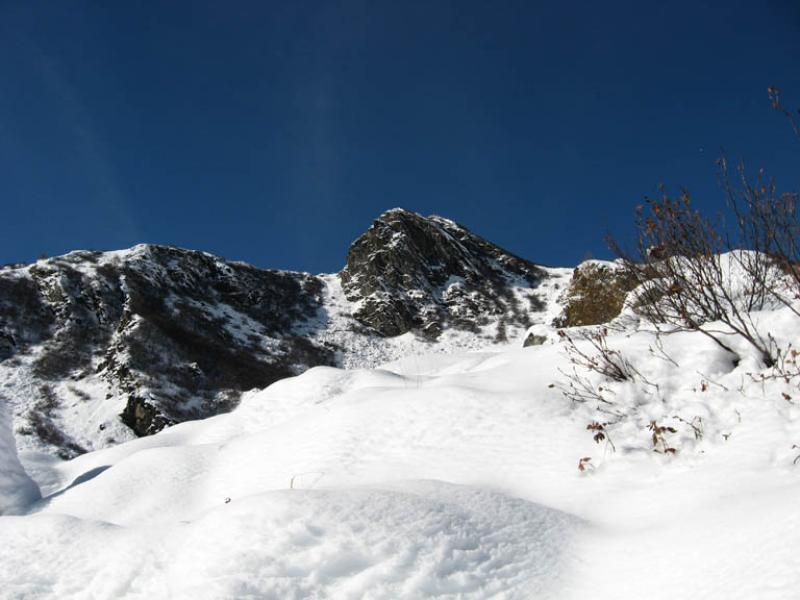 la gran roccia dall'alpe pian gioè