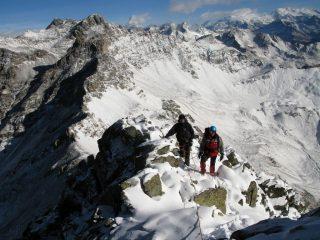 Alessandro e Davide all'inizio della cresta Nord-Est del Monte Faroma (11-11-2007)