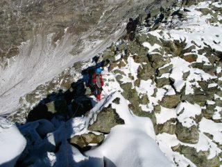 salendo lungo la cresta Nord-Est del Monte Faroma (11-11-2007)