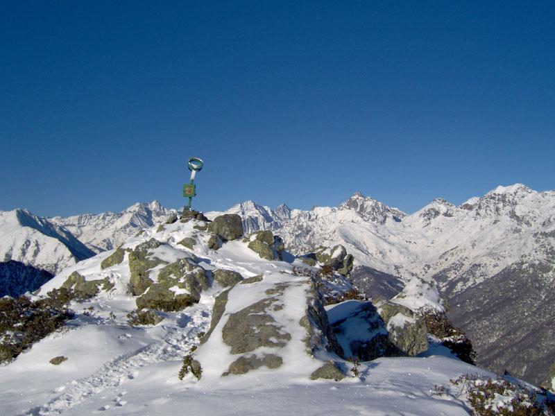 La vetta con la testata della Val di Viù