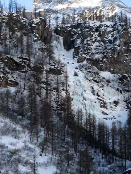 la cascata di Rocca Tovo