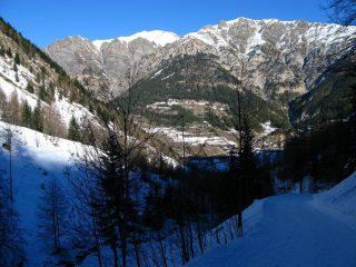 la parte iniziale del Vallone del Piz e la conca di Pietraporzio (29-12-2007)