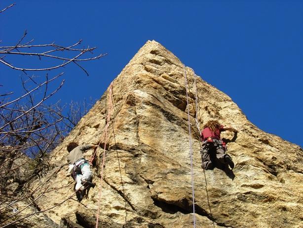 chi arriverà x primo in cima alla piramide!