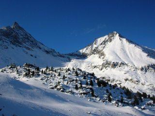 Il colle Charbonnière tra il Gran Nomenon ed il Monte Favret
