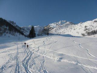Scialpinisti in salita