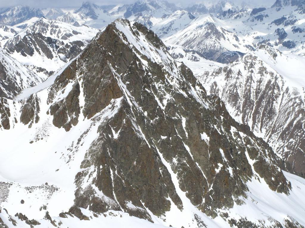 panorami dalla cima : Becco Alto del Piz m. 2912 (16-3-2008)