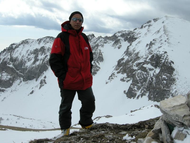dalla cima con monte Antoroto dietro