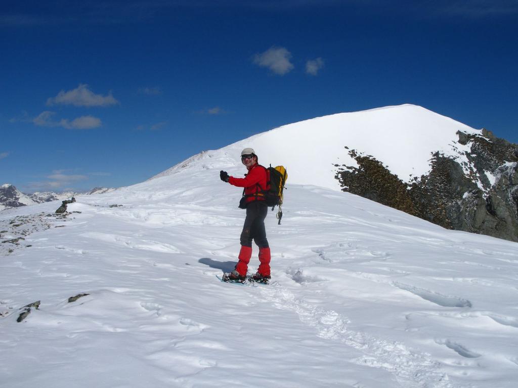Stelvio sta per raggiungere la vetta del Monte Pelvo (25-3-2008)