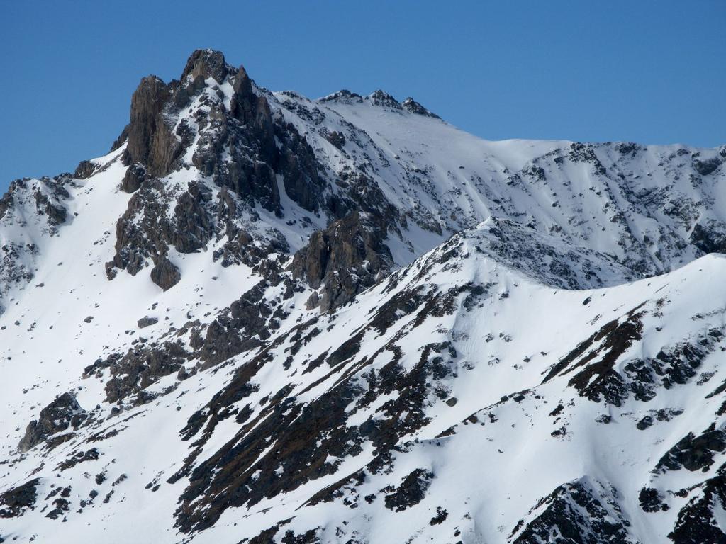 panorami osservati dalla cima del Monte Pelvo : Becco Grande m. 2775 (25-3-2008)