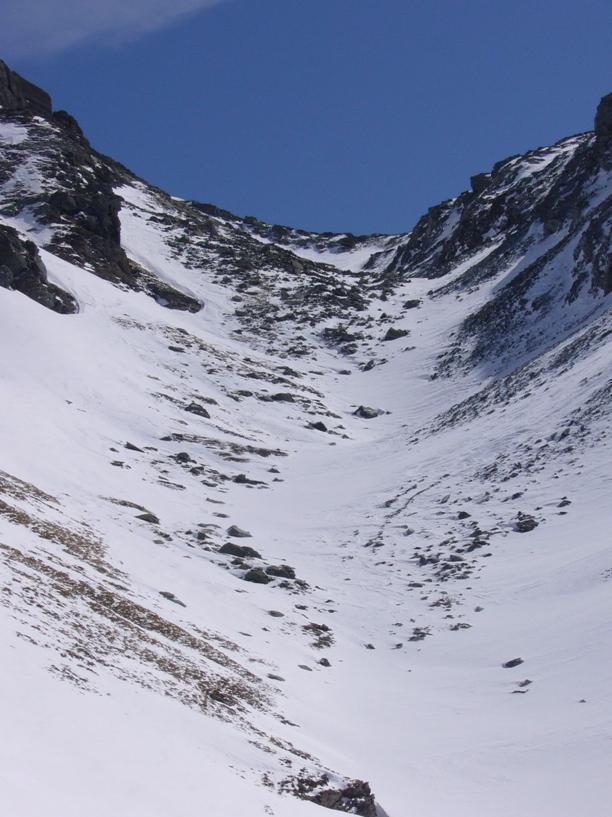 la poca neve che ha comunque rilasciato la slavina