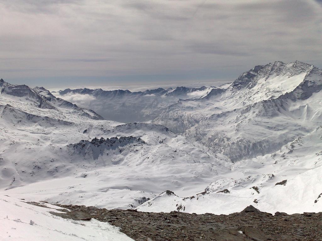 Vista sul pin del Nivolet dalla cima