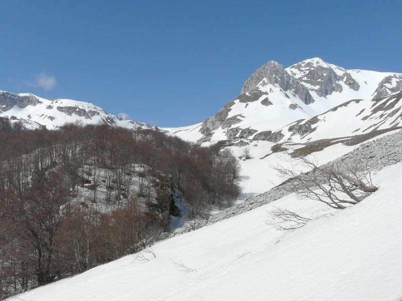Meta (Monte) da Piano le Forme per la Val Pagana 2008-04-27